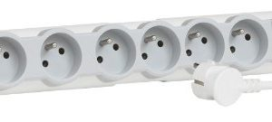 Legrand-LEG50084-Rallonge-avec-Bloc-Prises-6-x-2P-T-avec-Interrupteur-Cordon-0